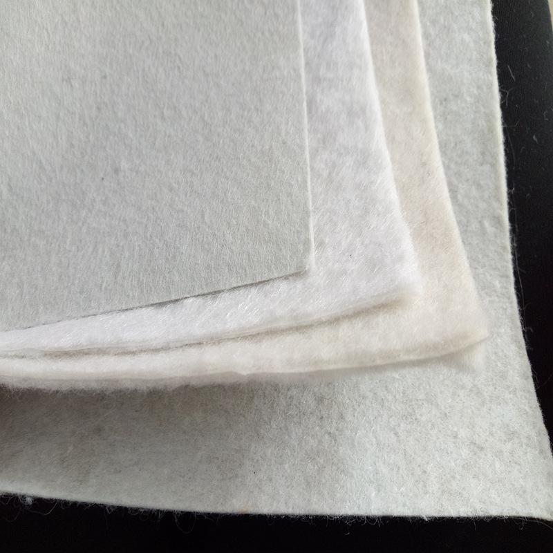 复合土工膜(一布一膜)